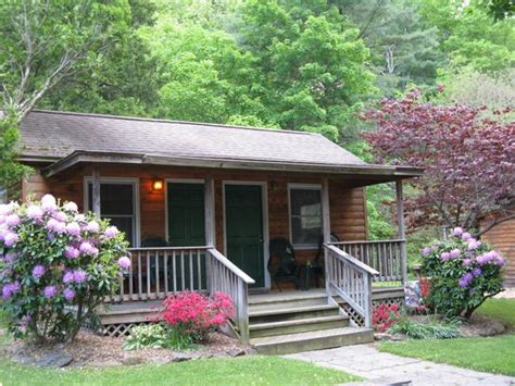 The Cabins at Brookside (Luray, VA) - Campground Reviews