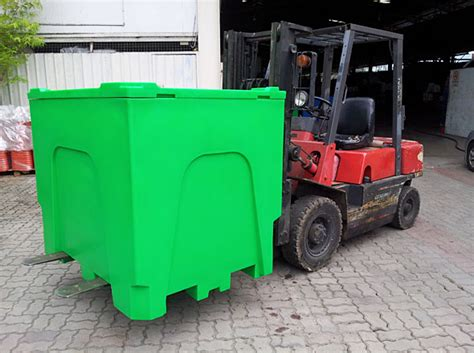J Series - Insulated boxes for Aquafarming Industry
