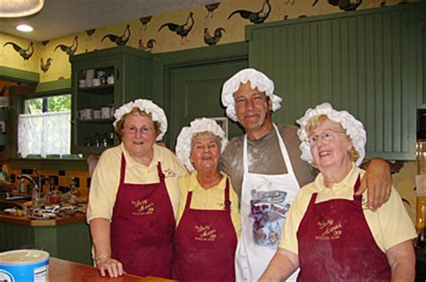 Mike Rowe Meets the Pie Moms