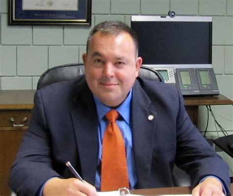 Worcester city manager finalist filed for bankruptcy in