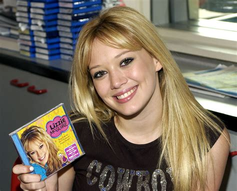 'Lizzie McGuire' Turns 20: Why Did the Hit Disney Channel