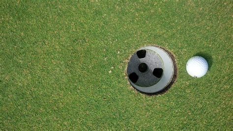 What is the Size of a Golf Hole, and Why? - (Quick Answer)