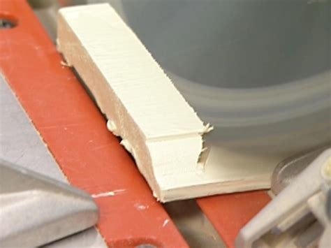 How to Install Baseboards   how-tos   DIY