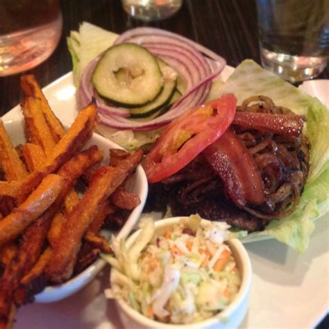 Dick's Kitchen - The All-American Paleo-Friendly Diner