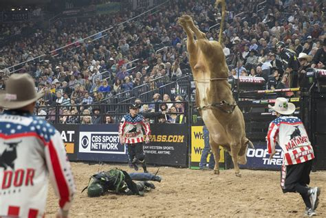 Professional Bull Riders World Finals 2018: Day 2 —PHOTOS