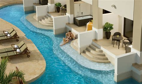 Secrets Wild Orchid - Modern Vacations