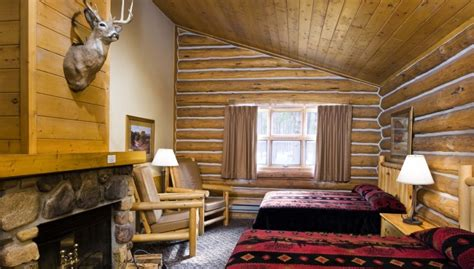 Accommodations » Blue Bell Lodge » Lodges & Cabins