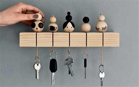 10+ Creative DIY Key Holders For Your Home   Home Design